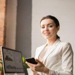 mobile-businesswoman.jpg